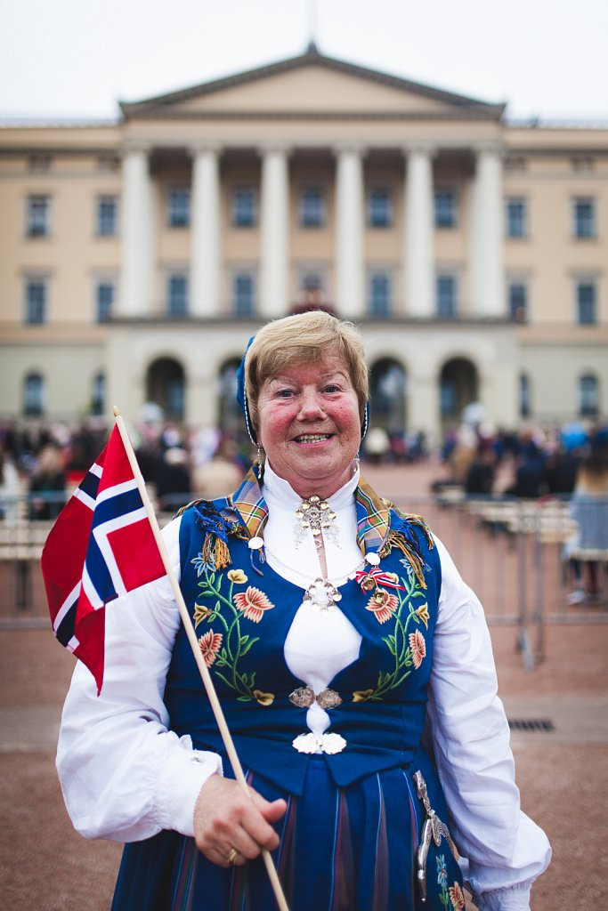 Unknown Norwegian Women på Norges nationaldag